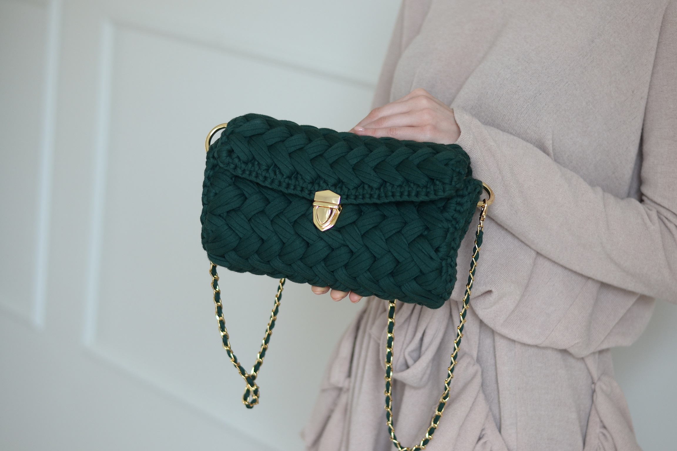 Elegancka torebka STELLA z plecionką warkocz z przędzy bawełnianej