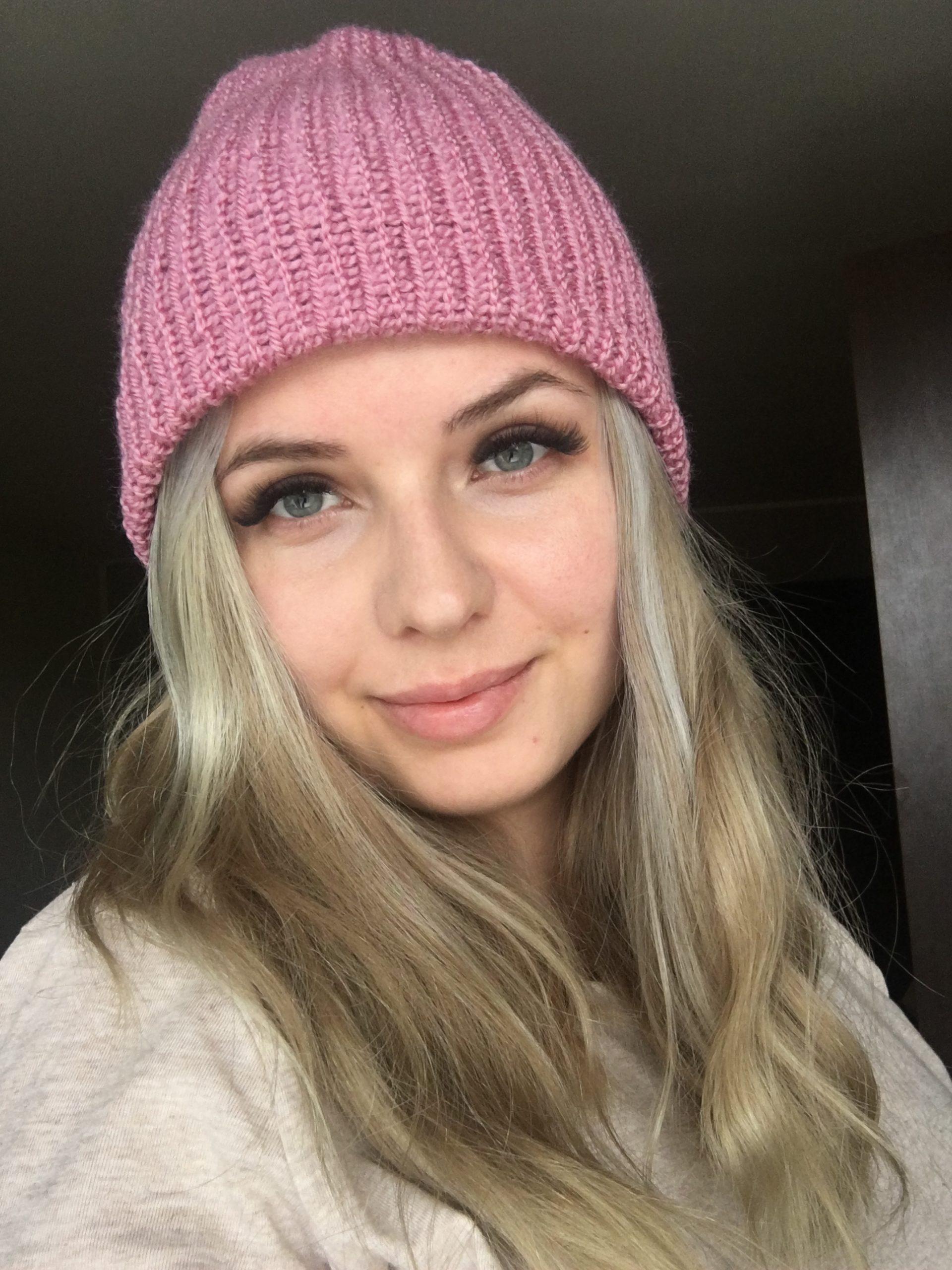 Ciepła czapka na jesień/zimę różowa handmade