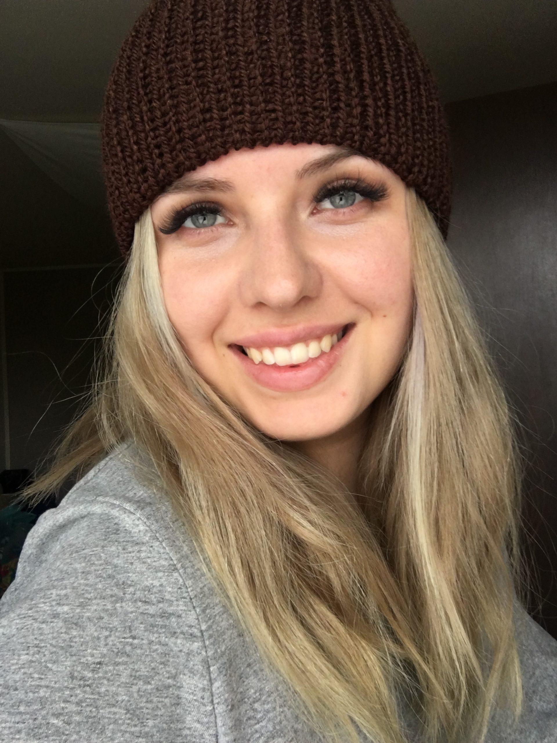 Ciepła czapka na jesień/zimę ciemny brąz handmade